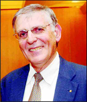 Israeli scientist, Prof. Daniel Shechtman, has won the 2011 Nobel Prize in chemistry, the Royal Swedish Academy of Sciences announced. The Academy honored Shechtman for the discovery of 'quasicrystals' - patterns in atoms which were thought impossible, adding that Shechtman's discovery in 1982 had fundamentally changed the way chemists look at solid matter. Photo: Assaf Shilo/Israel Sun