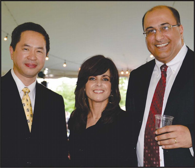 From left: Thomas Chan, Chief of Community Affairs Bureau, Devorah Halbersham, founder of the Jewish Children's Museum, and Consul General, Ido Aharoni. Photos: Gloria Starr Kins