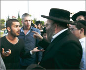 Confrontation in Beit Shemesh: Orthodox vs. secular. Photo: Olivier Fitussi/Israel Sun