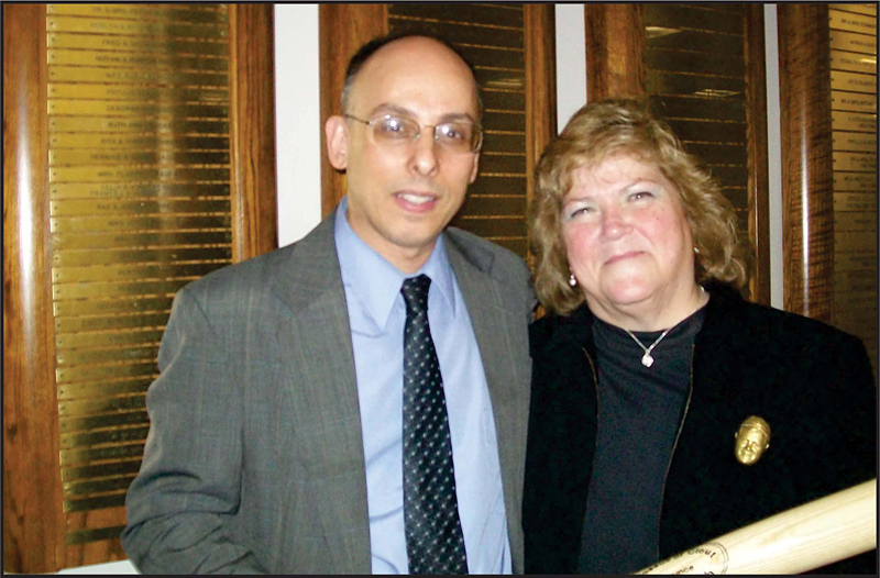 Rafael Medoff (left), the Founding Director of The Davis Wyman Institute for Holocaust Studies, and Linda Tosetti, the granddaughter of Babe Ruth.