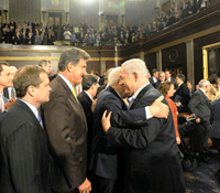 Israel�s Prime Minister, Benjamin Netanyahu, greeted by members of US Congress. Photo: Avi Ochayon/GPO for Israel Sun