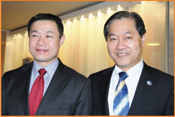 From left: NYC Comptroller, John Liu, and President of Korean Public Affairs Committee, David Chulwoo Lee.