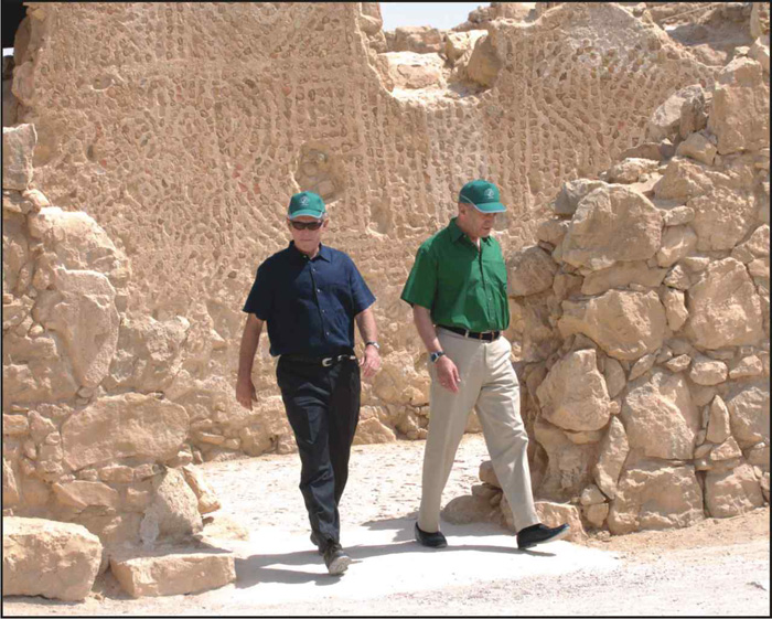 George W. Bush (left) and former Israeli PM, Ehud Olmert (right) on a tour at the historic heroic Jewish site, Masada, located at the Dead Sea, during the US president�s 2nd visit to Israel in 2008 trying to close a peace deal between Israel and the PA. Photo: Haim Hornshtein/Yedioth Ahahronot for Israel Sun