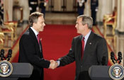President George W. Bush and British PM Tony Blair in November 2004 at a White House press conference<br />Photo by: Paul Morse (White House)